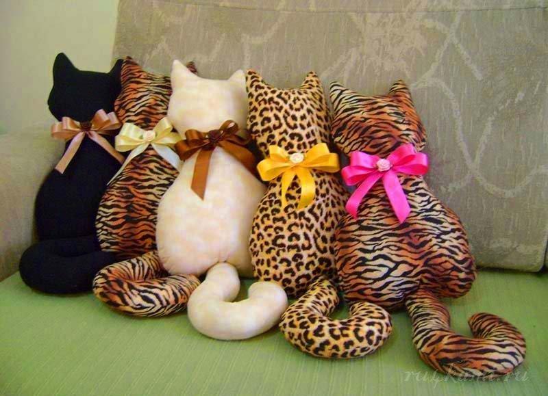 Как сшить подушку кошку своими руками