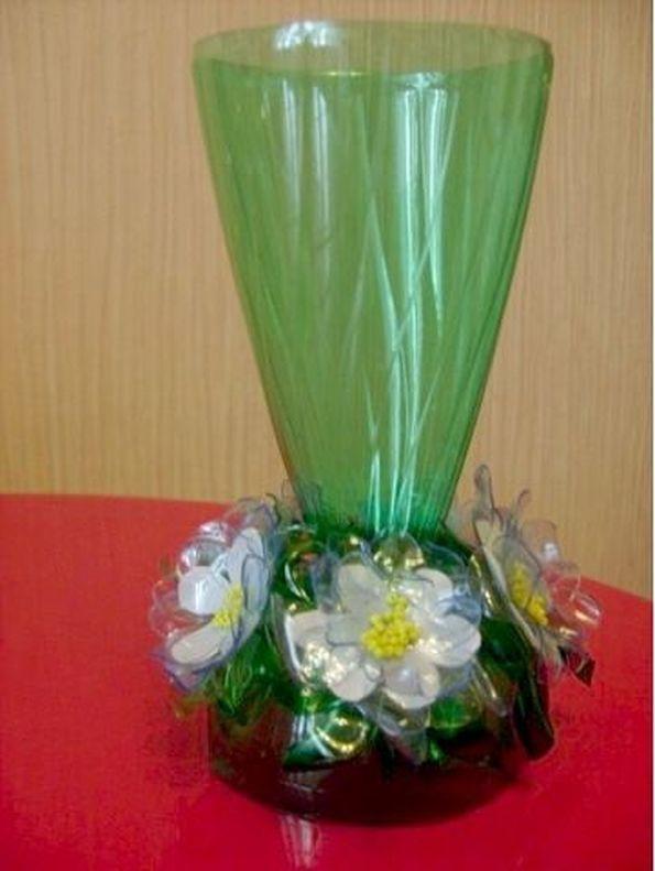 Поделка в виде вазы 783