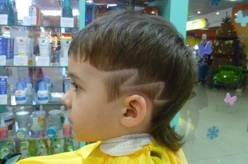 Фото стрижек с рисунком для мальчика
