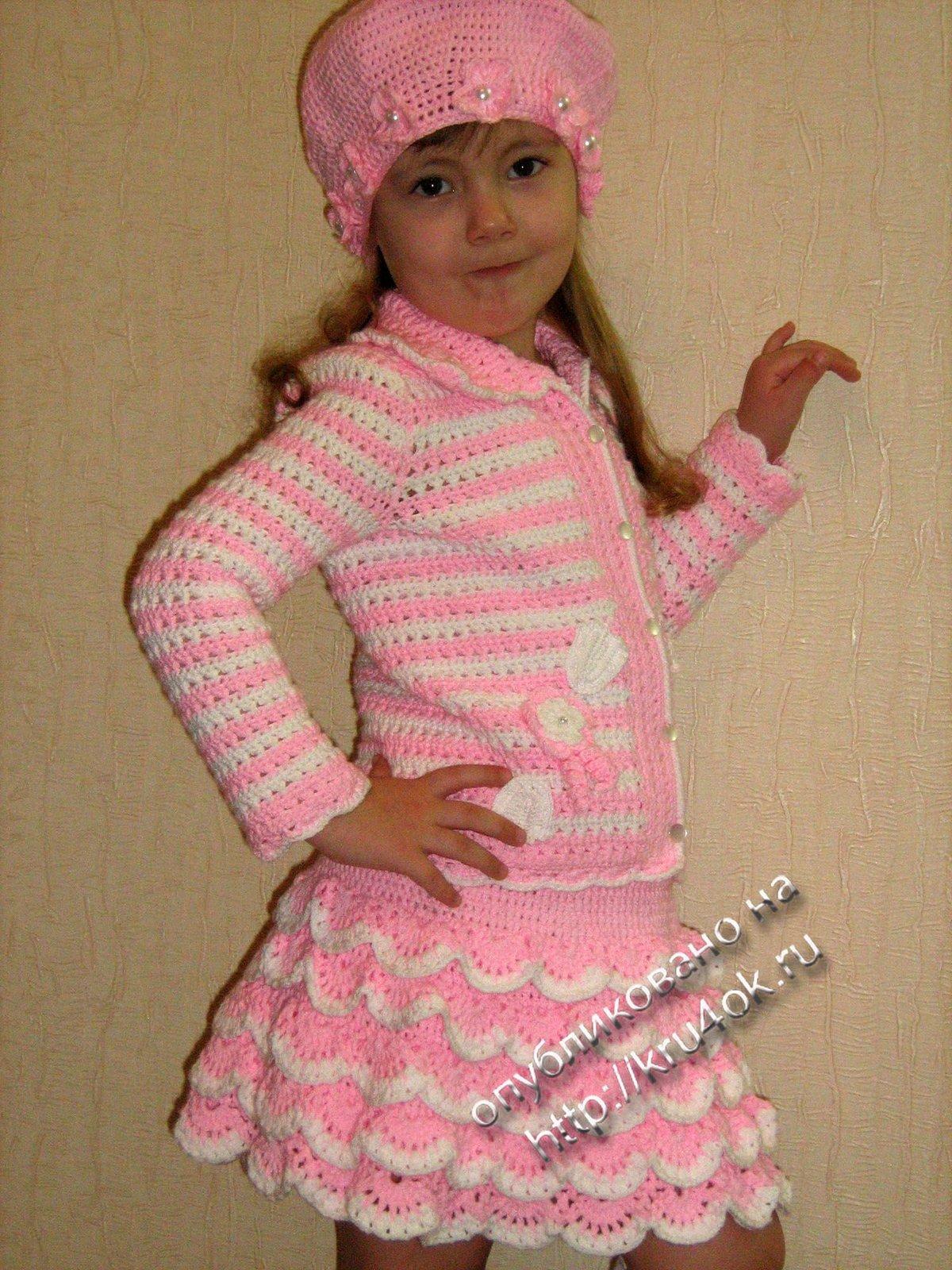 Вязание теплые костюмы для девочки 358