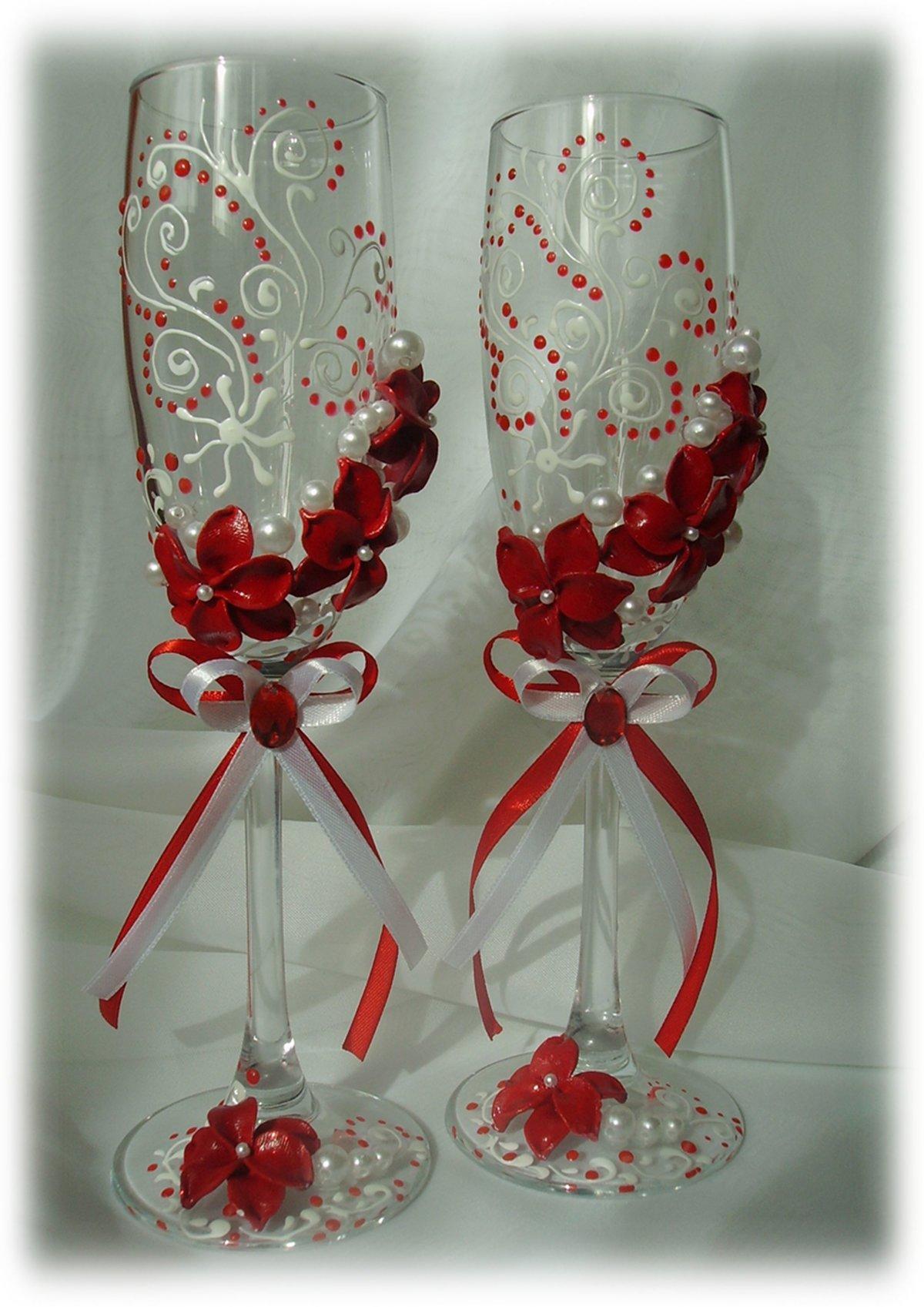 Бокалы на свадьбу в красно-белом цвете своими руками 99