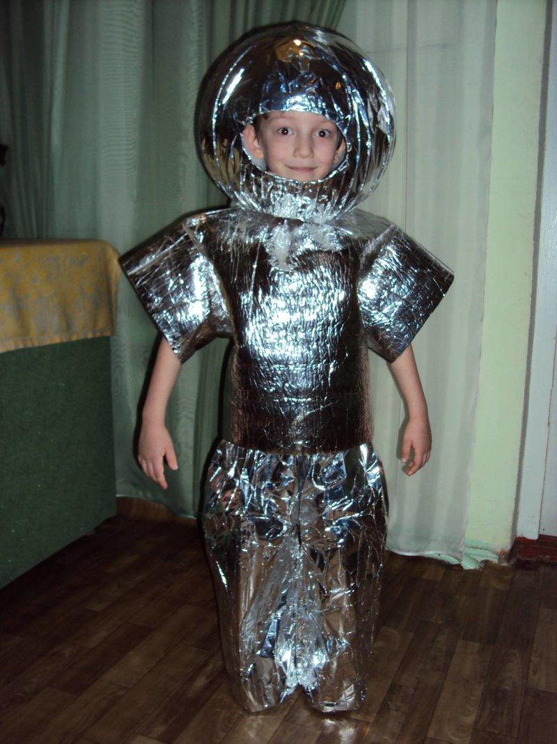 Костюм космонавта из фольги - карточка от пользователя Anastasia Shumakova в Яндекс.Коллекциях