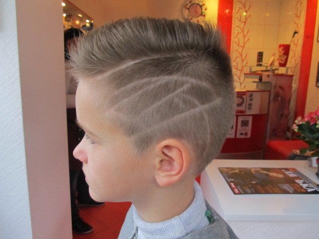 Прически на средние волосы мальчикам