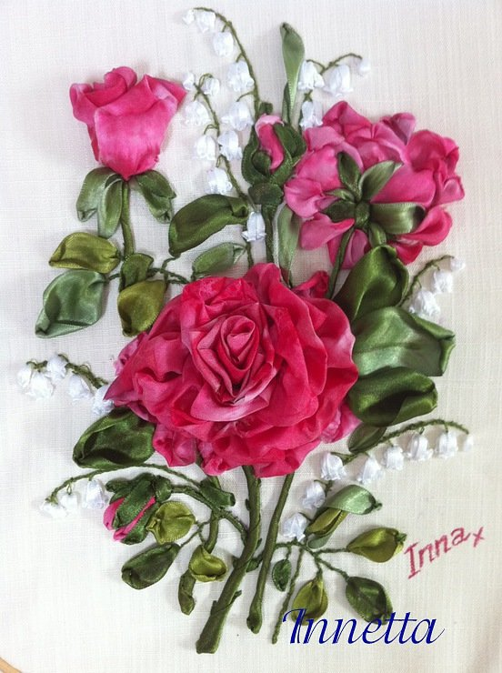 Вышивка лентами розы с листьями от мастера шепилова 56
