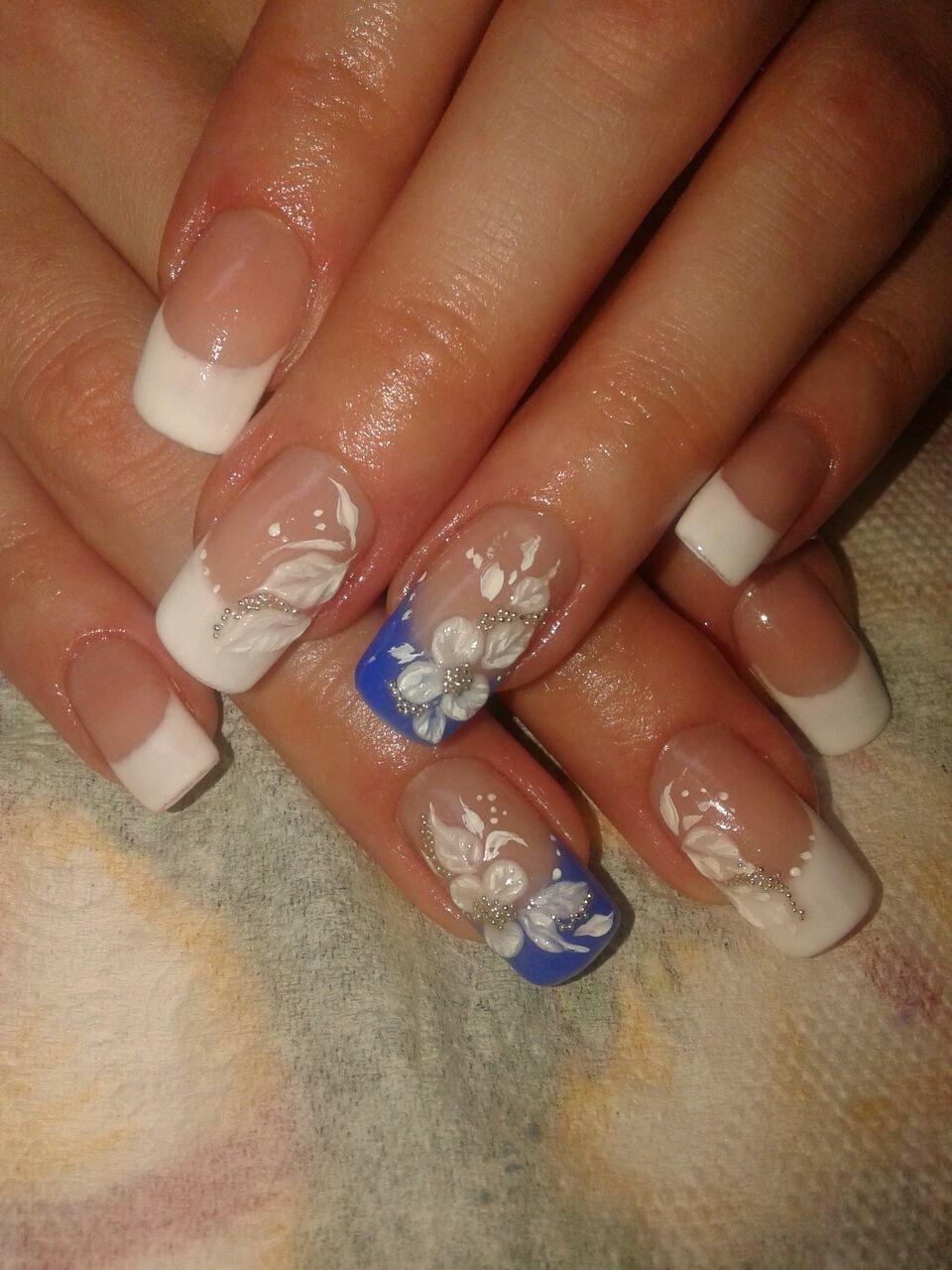 Свадебный дизайн ногтей с синим цветом фото
