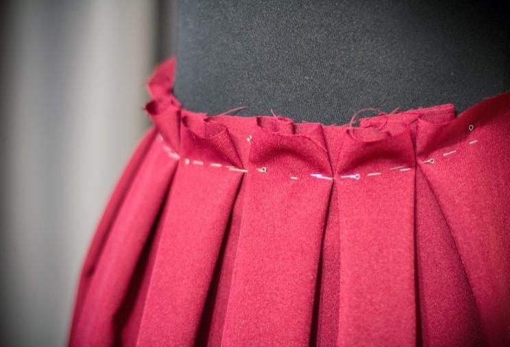 Как сшить юбку в складку с резинкой 651