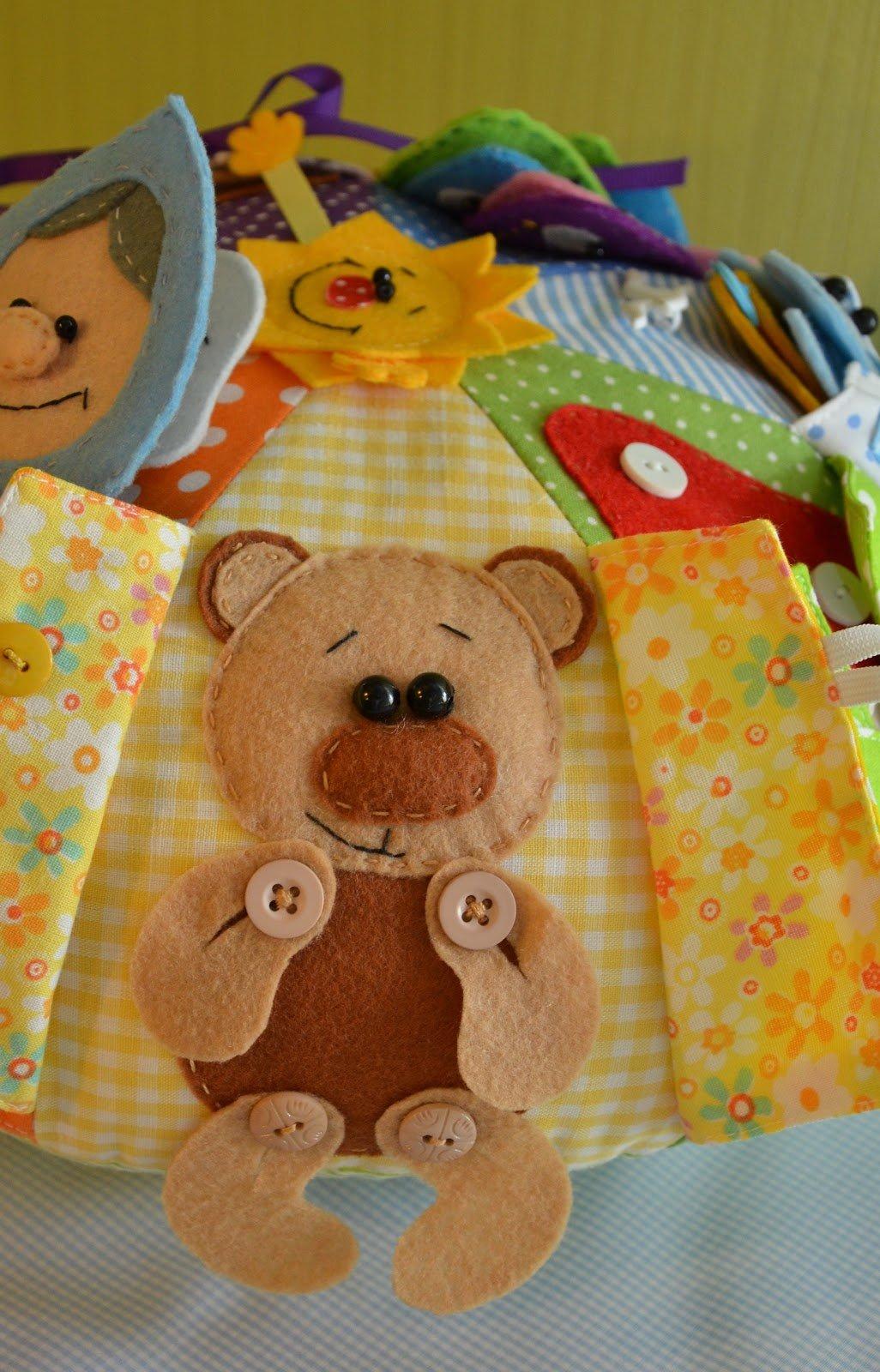 Игрушки для маленьких детей сделать своими руками