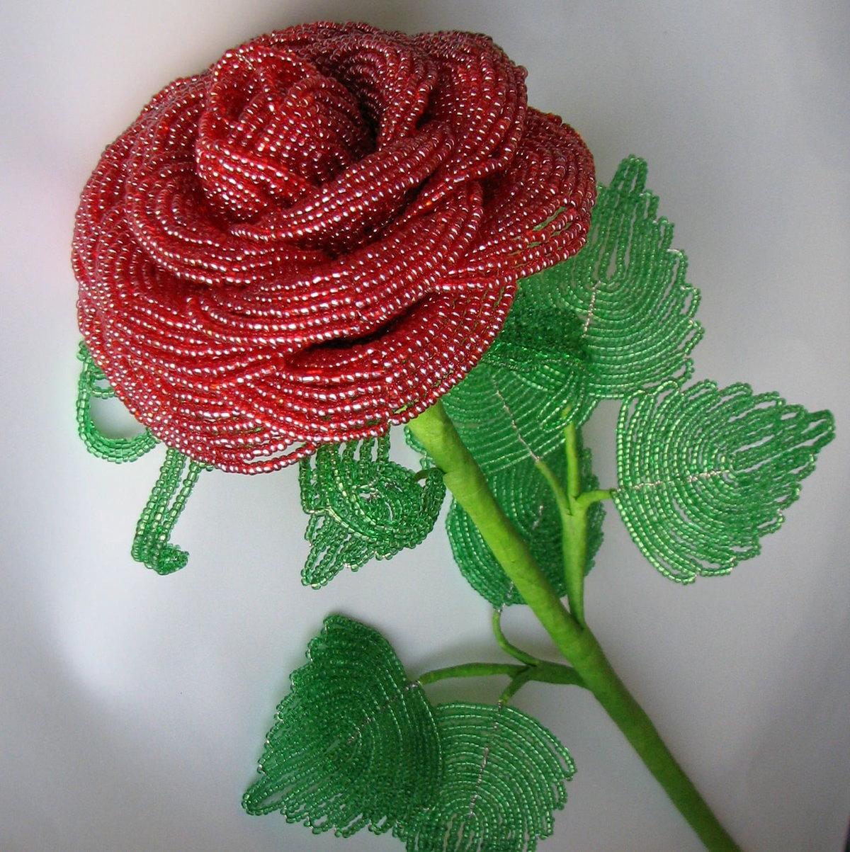Роза из бисера фото для начинающих
