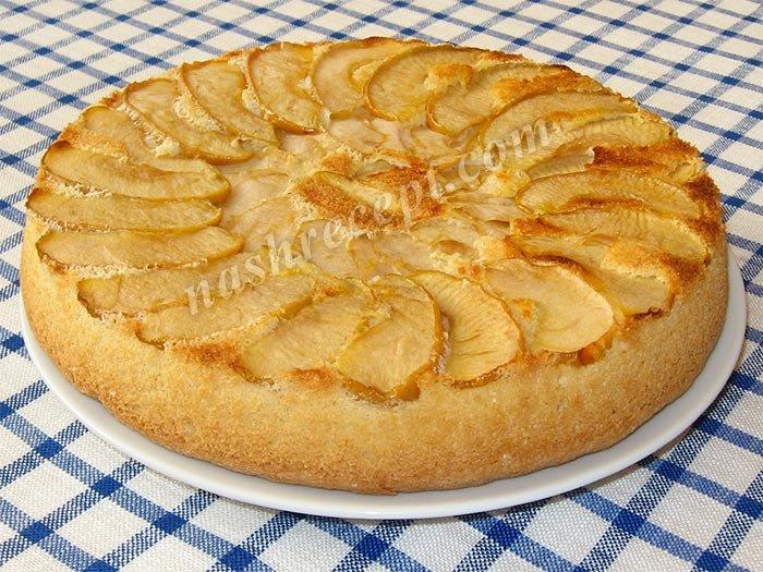 Шарлотка с яблоками большая рецепт с пошагово в