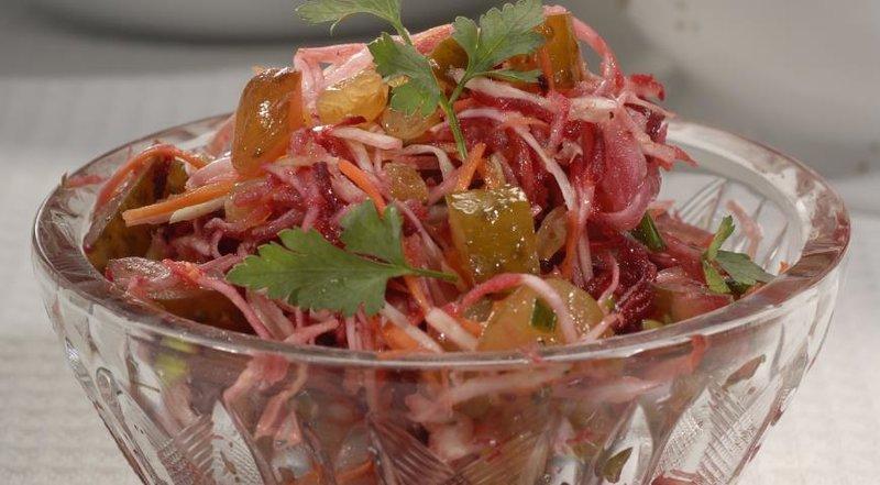 Салат свекла с капустой рецепт с пошагово