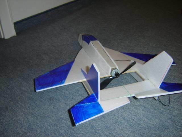 Макет самолёта из пенопласта своими руками 14