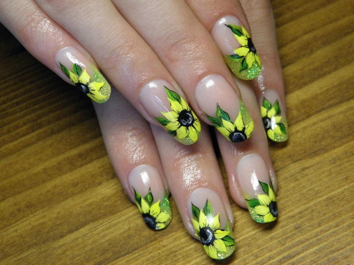 Цветочные дизайны ногтей фото