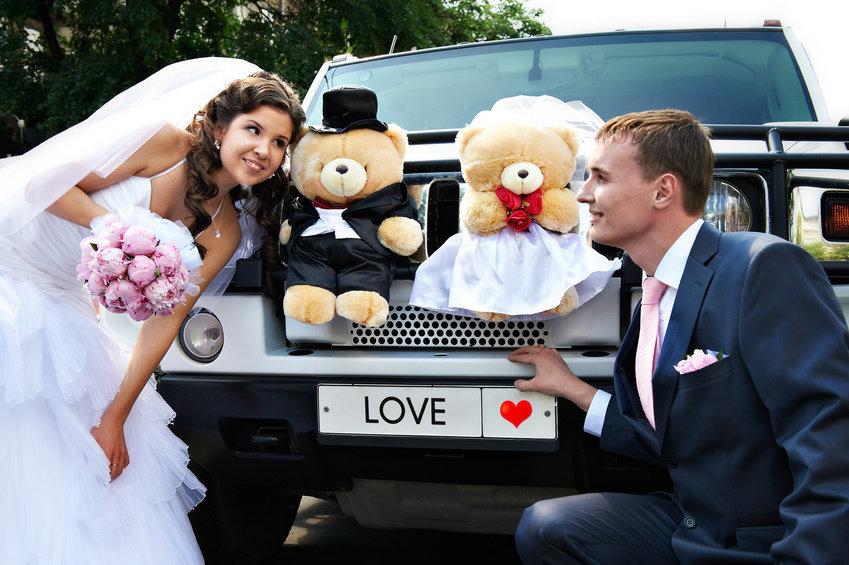 Машины на свадьбу жених и невеста