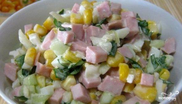 Рецепт салата с вареной колбасой с 135
