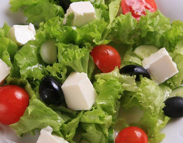 Греческий салат с сыром фета рецепт