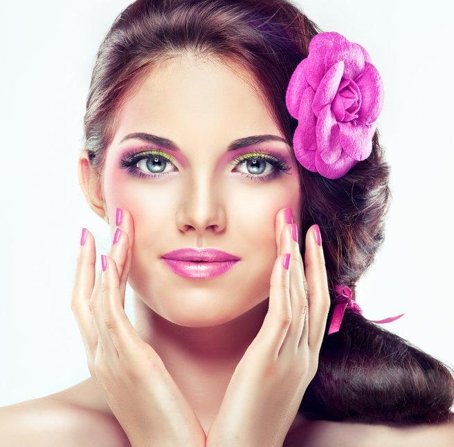 Макияж с розовыми губами