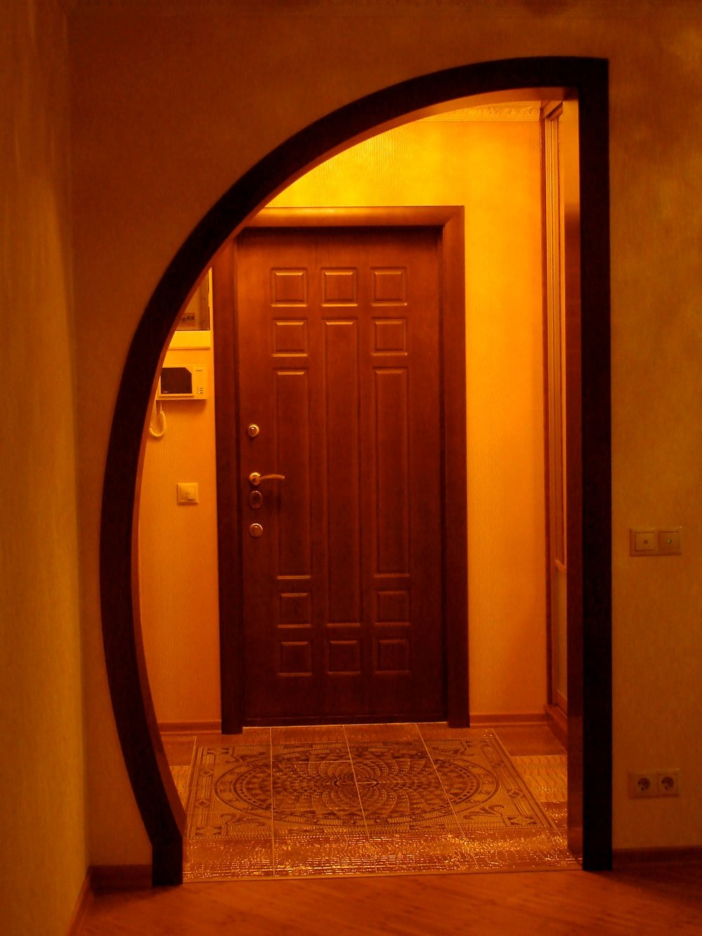 Как оформить дверной проем без двери своими руками