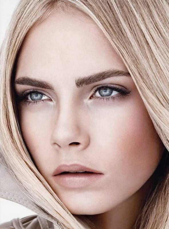 Дневной макияж для серо-голубых глаз и русых волос