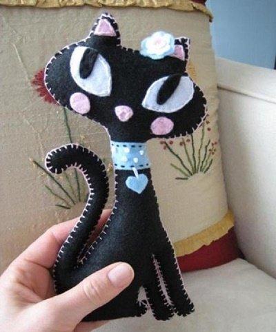 Черные кошки своими руками