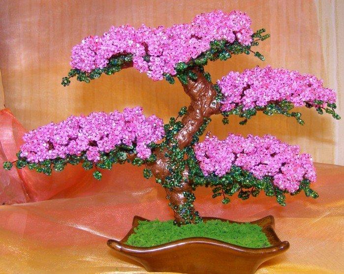 Фото поделок из бисера деревья