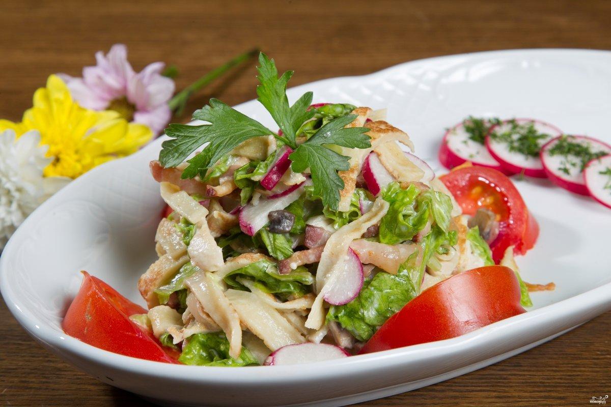 Блинный салат с огурцом рецепт