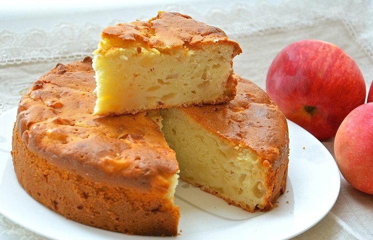 Шарлотка с яблоками рецепт с пошагово самый воздушный в микроволновке
