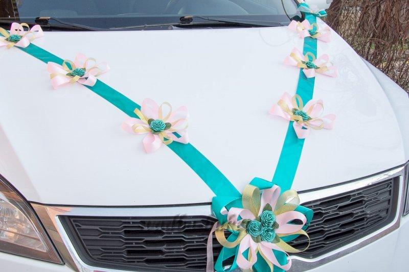 Украсить машину на свадьбу из лент