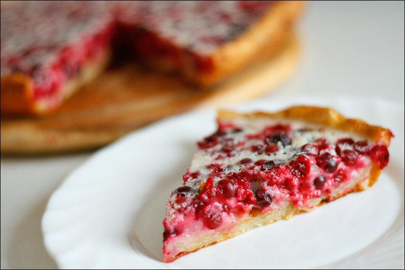 Пирог из клюквы дрожжевой