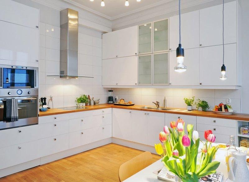Дизайн белой кухни 10 кв.м