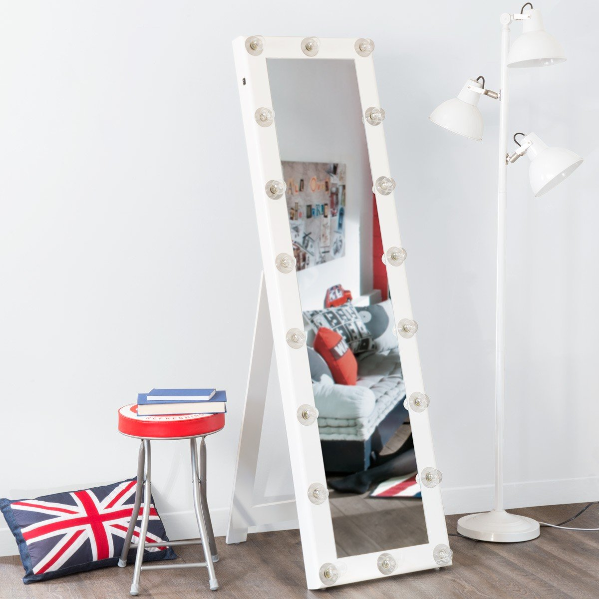 Как сделать фото во весь рост на стену