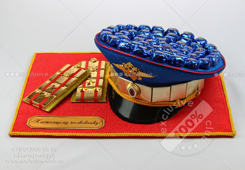 Фуражка из конфет