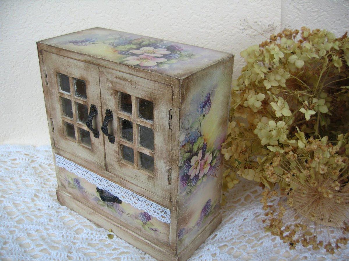 Декупаж шкафа своими руками: выбор идеи для декора 6