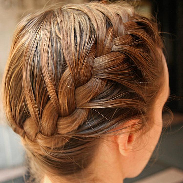 Оригинальные косы на средние волосы своими руками