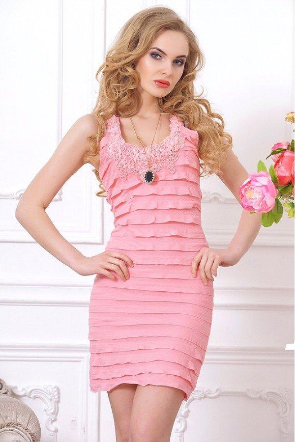 Фото платьев из тканей рюшами