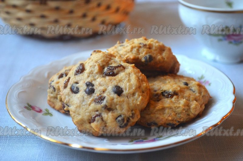 Печенье с изюмомы простые