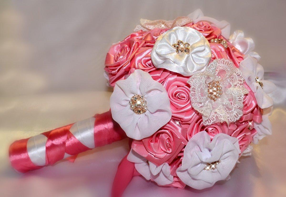 Букет из роз из атласных лент своими руками