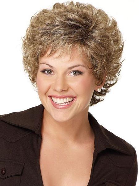Прически на короткие волосы для женщин 40 лет праздничные