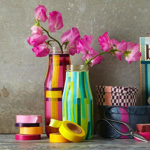 Самодельная ваза с цветами