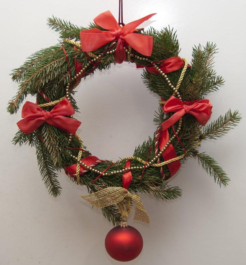 Рождественская ветка своими руками