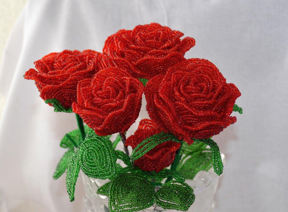 Розы из бисера фото мастер класс