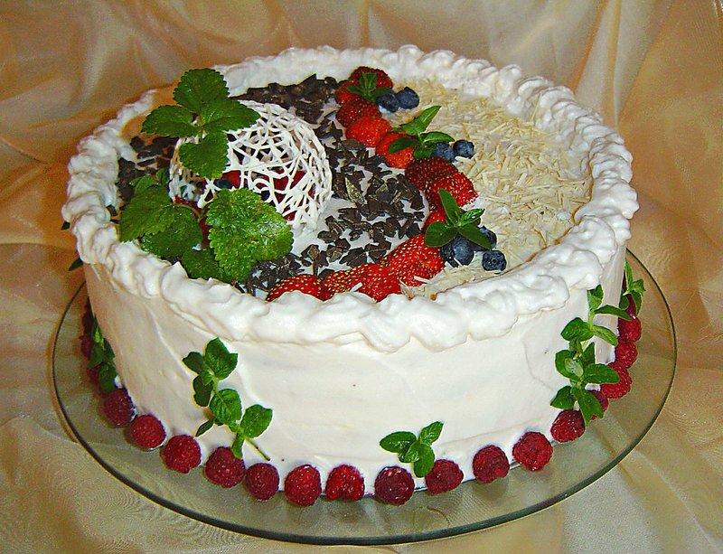 Праздничный торт своими руками