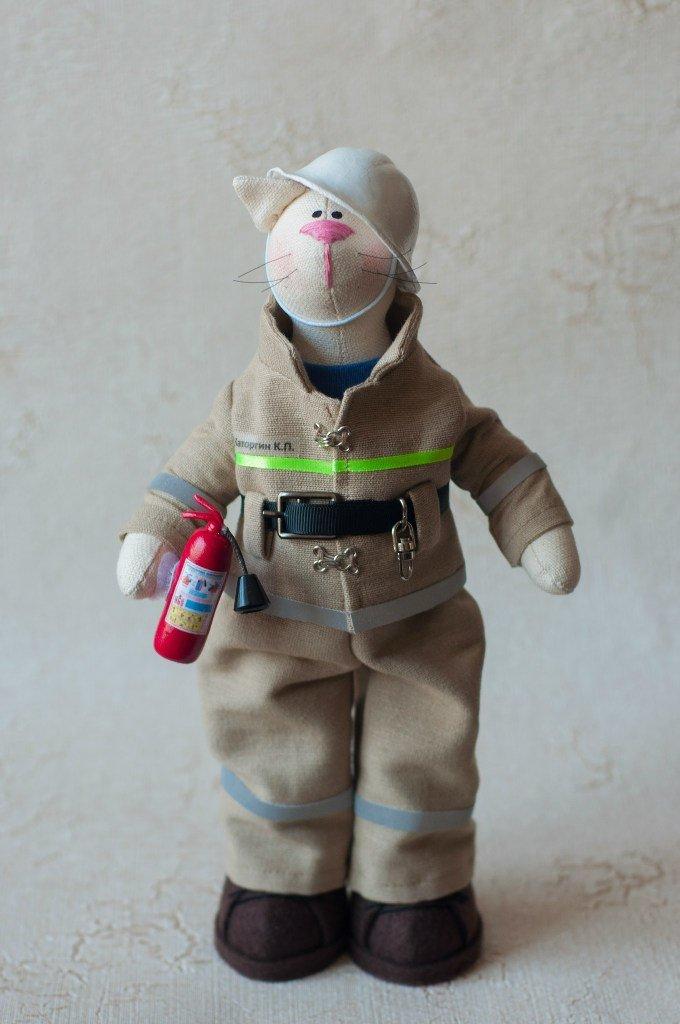 Пожарник своими руками 95