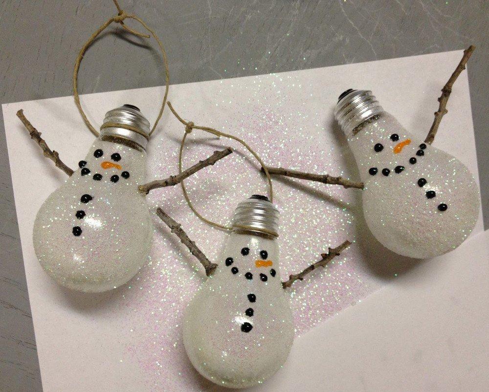 Как сделать снеговика из лампочки своими
