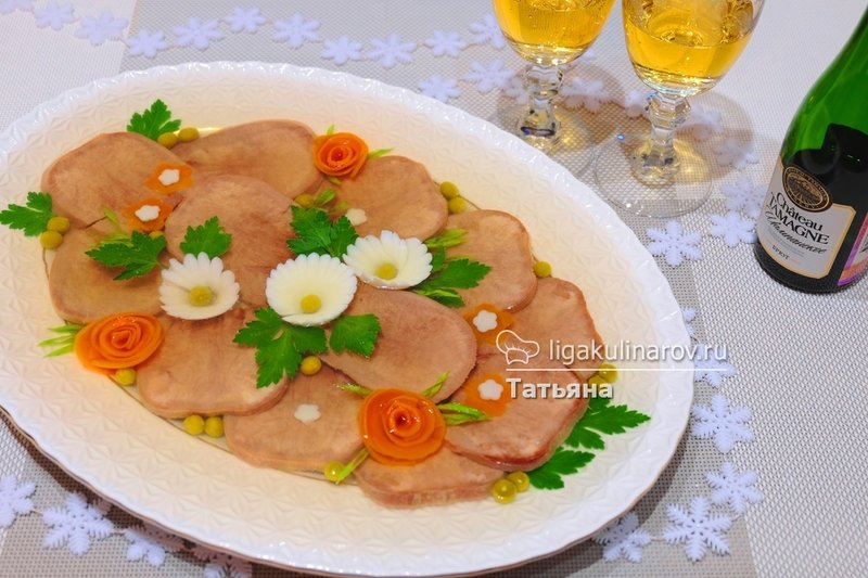 Как приготовить заливное из языка свиного рецепт самый вкусный