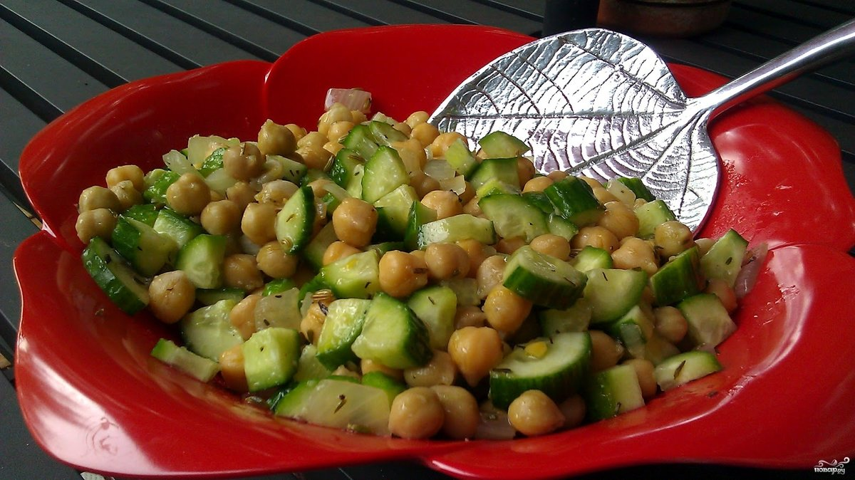Салат с грибами и фасолью и солеными огурцами рецепт пошагово