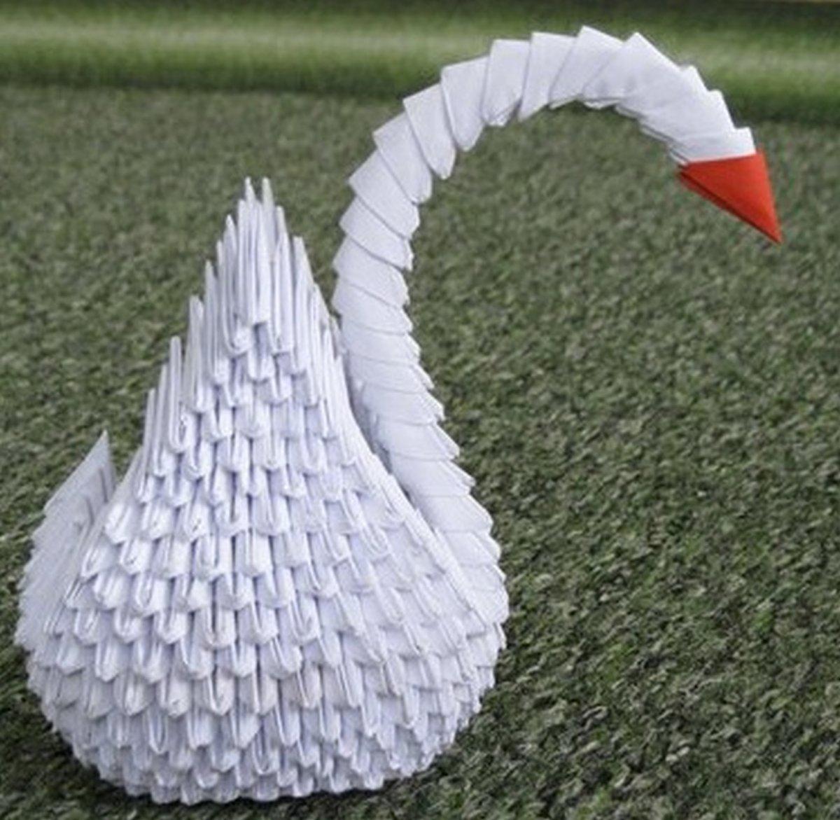 Сделать оригами своими руками лебедя из бумаги