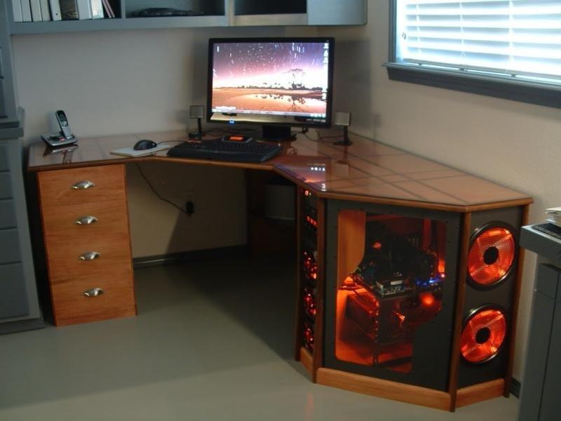 Как сделать компьютерный стол своими руками в домашних условиях