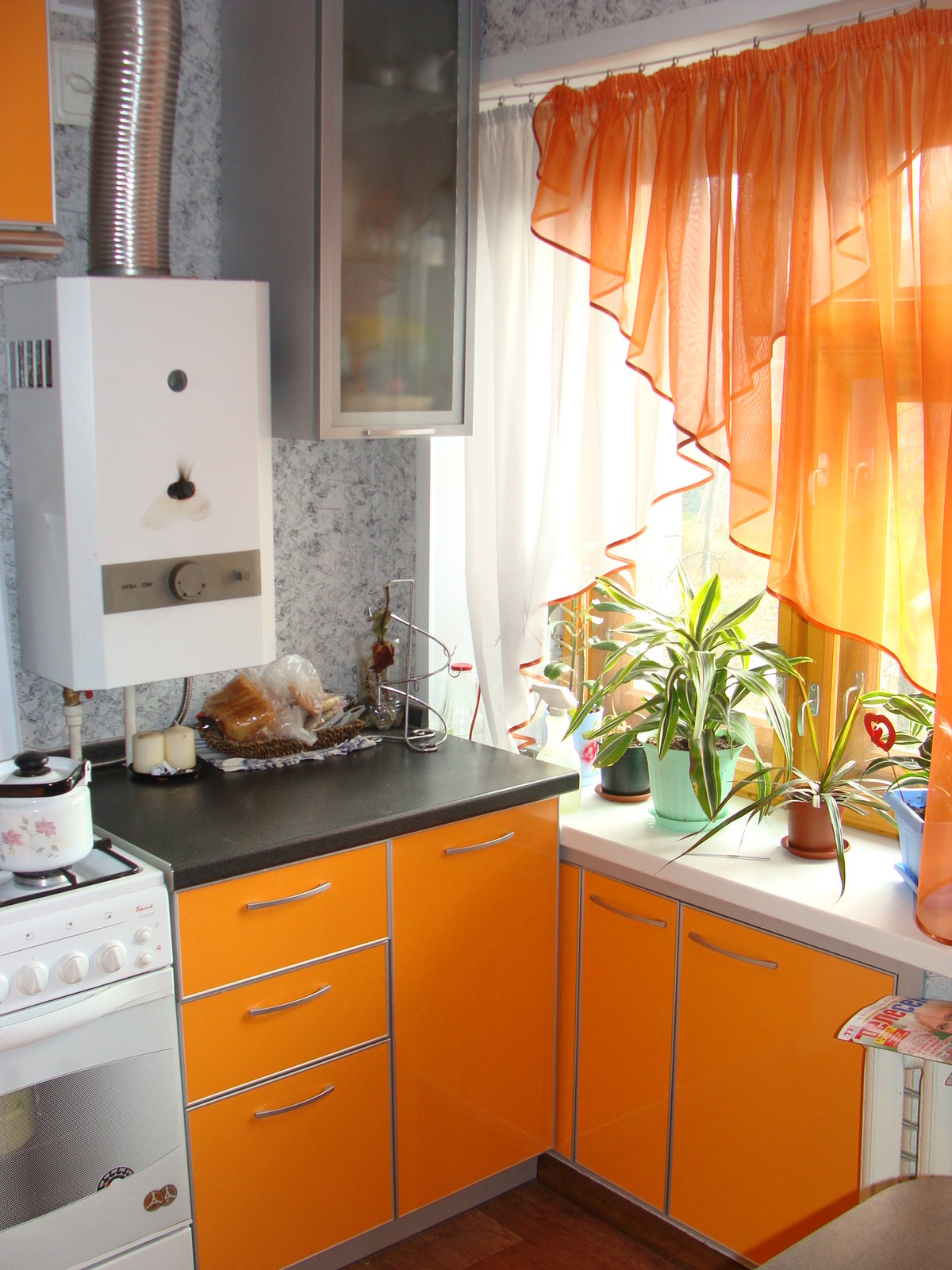 Кухня маленькая ремонт своими руками фото