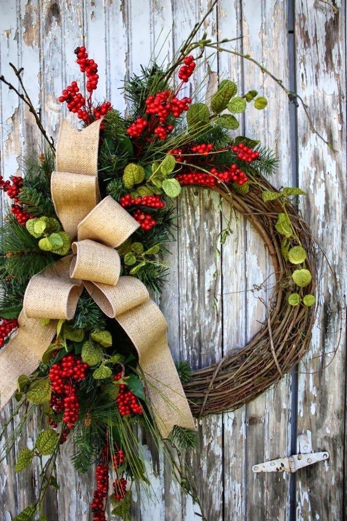 Из чего плетут венки к рождеству