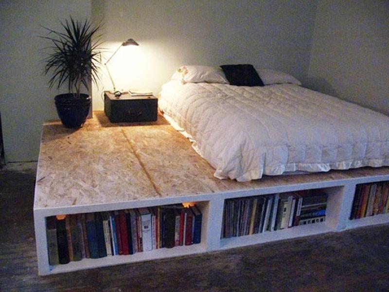 Кровать своими руками из подручных материалов фото